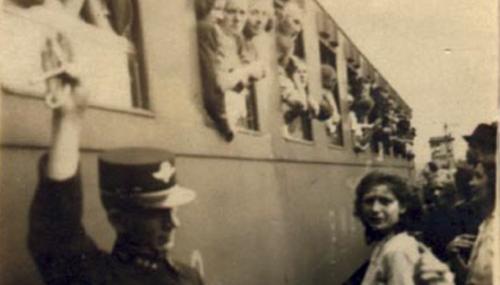 Abfahrt eines Transports mit Zwangsarbeiterinnen, České Budějovice (Budweis), 2. Juni 1942