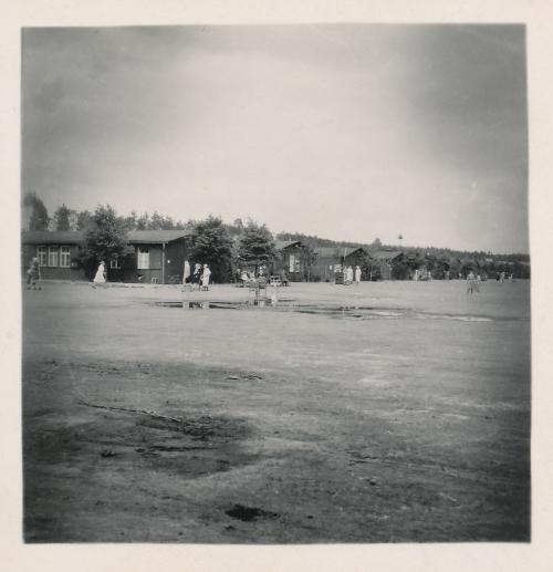 Ravensbrück, Baracken des Reviers nach der Befreiung, Sommer 1945