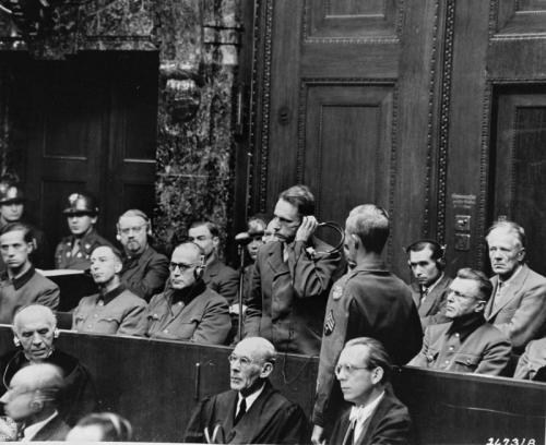 """Wilhelm Beiglböck plädiert für """"unschuldig"""", 21. November 1946  . © United States Holocaust Memorial Museum"""