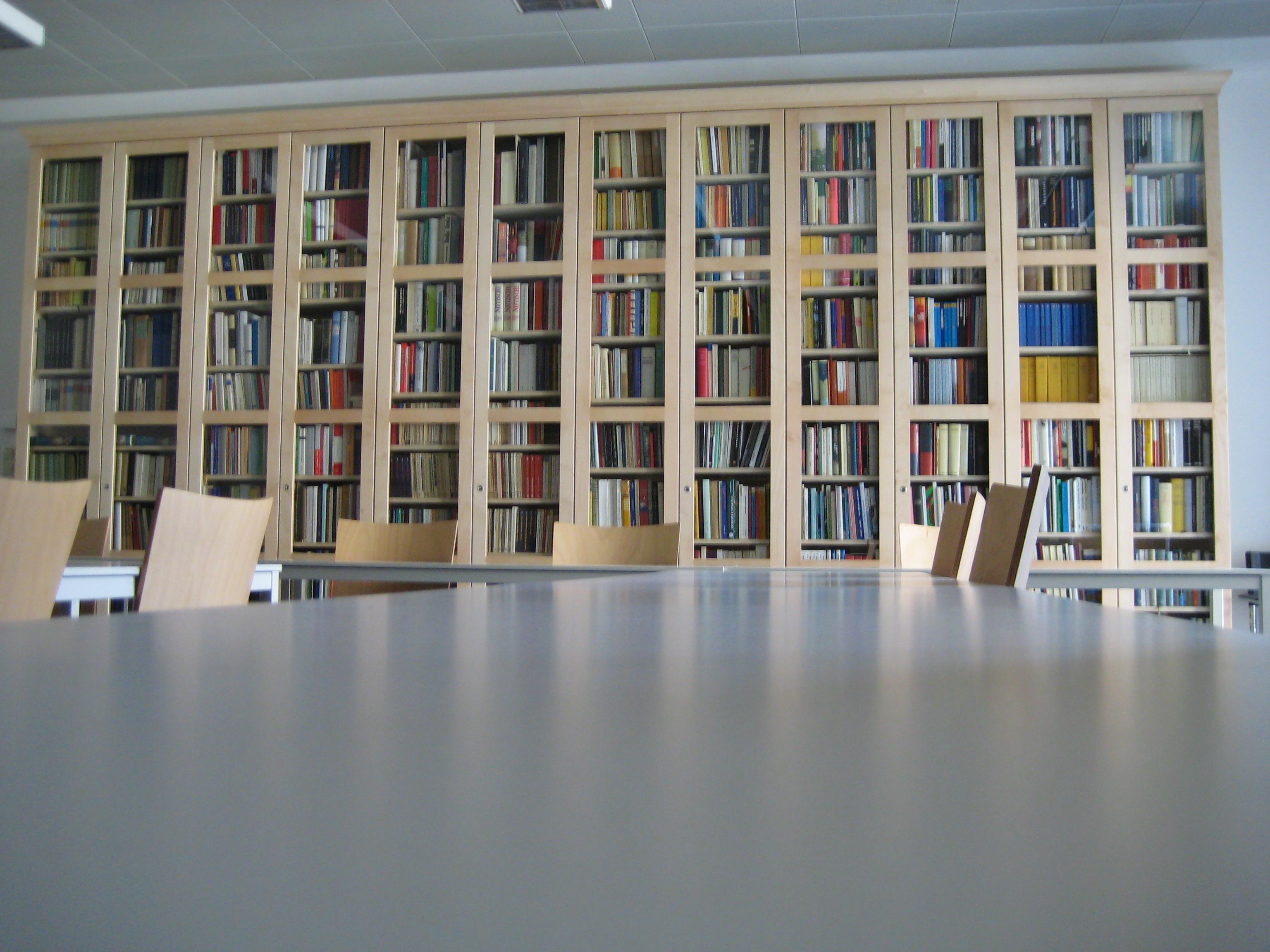 WSD-Bibliothek01.jpg