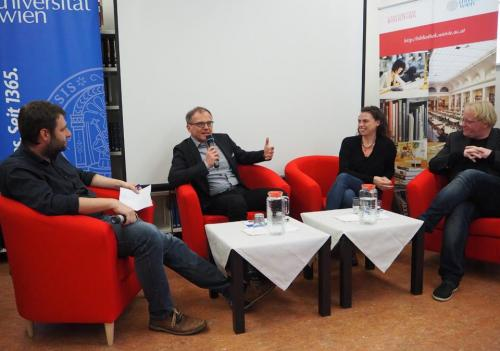 Ausstellungseröffnung Gatterer9030_FB Zeitgeschichte_Diskussionsrunde_2.jpg
