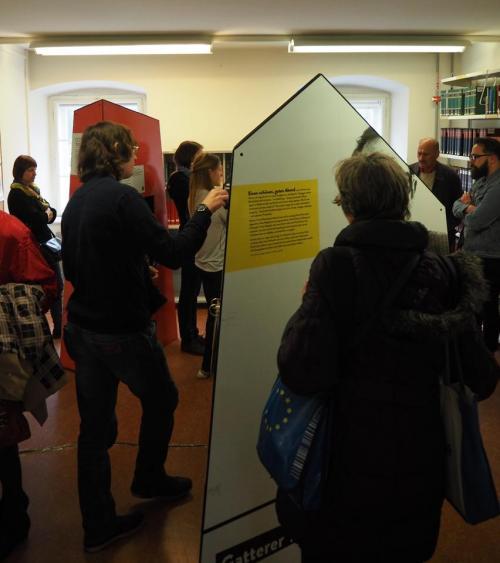 Ausstellungseröffnung Gatterer9030_FB Zeitgeschichte_BesucherInnen_2.jpg