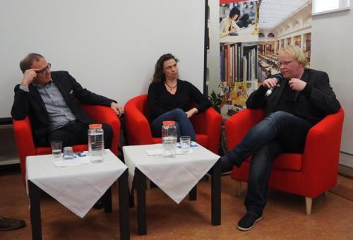 Ausstellungseröffnung Gatterer9030_FB Zeitgeschichte_Armin Wolf_Nina Horaczek_Florian Skrabal_1.jpg