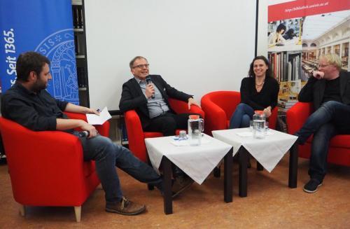 Ausstellungseröffnung Gatterer9030_FB Zeitgeschichte_Diskussionsrunde_3.jpg