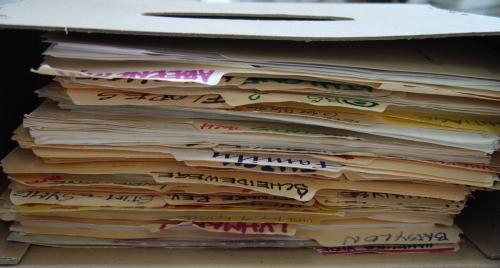 Geöffnete Archivschachtel