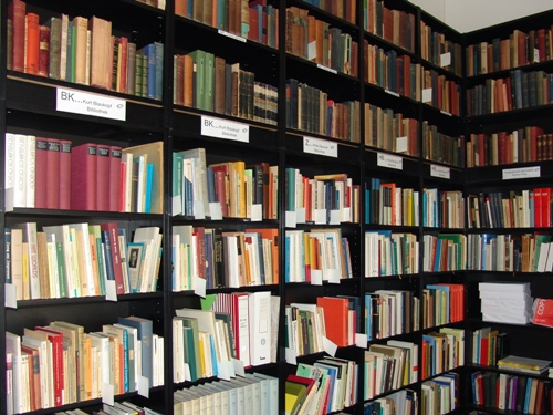 Studienbibliothek