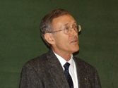 Univ.-Prof. Dr. Tod Stuessy